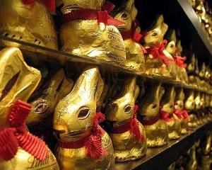 Allarme dalla Germania: trovati idrocarburi nei coniglietti pasquali di cioccolato