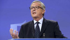 """Ue, Juncker sui migranti: """"Ci sono troppi europei part-time quando si tratta di dare"""""""