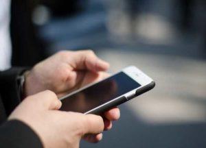 Ricerca Usa, trovato legame tra utilizzo dei telefonini e sviluppo di tumore al cervello