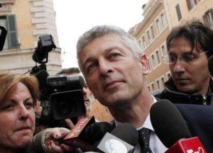 """Senatore Morra M5S: """"Renzi ha favorito le banche penalizzando soggetti non bancabili"""""""