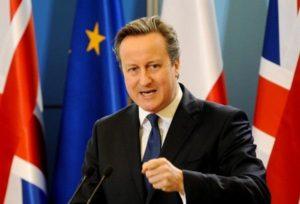 """Brexit, alla vigilia del voto appello di David Cameron: """"Votate per restare in Ue"""""""
