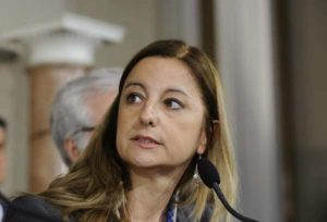 """Roma, Lombardi (M5S): """"Noi non abbiamo sponsor politici come i Casamonica"""""""