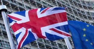 """Brexit, Camera dei Lord: """"Non bastano due anni per uscita Gb da Ue"""""""