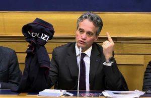 """Strage Dallas, Segretario Sindacato Polizia: """"In Italia è l'opposto, fiducia nelle forze dell'ordine"""""""