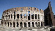 """Roma, finito il restauro del Colosseo. Premier Renzi: """"E' un segnale strepitoso al mondo"""""""