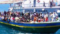 Migranti, un parto in mezzo al mare: bimba congolese nasce su nave italiana
