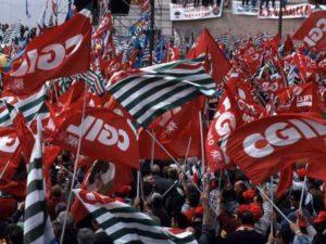 """Contratti di lavoro, Cgil, Cisl e Uil: """"12 milioni senza rinnovo, mobilitazione fino a settembre"""""""