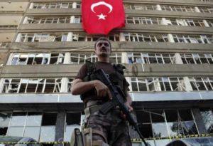 Turchia, chiuse 15 università. Atenei italiani condannano le misure adottate