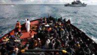 """Terroristi sui barconi, Copasir: """"Cambia scenario, più probabile arrivo Isis con migranti"""""""