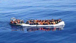 ONG tedesca vuole acquistare biglietti aerei per i migranti per evitare viaggi della morte