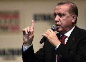 """Turchia-Usa, Erdogan: """"Prima o poi dovranno scegliere tra noi e i terroristi"""""""