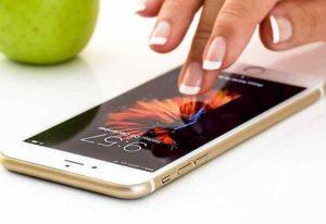 Smartphone, come risparmiare su tutto: dall'acquisto alla batteria