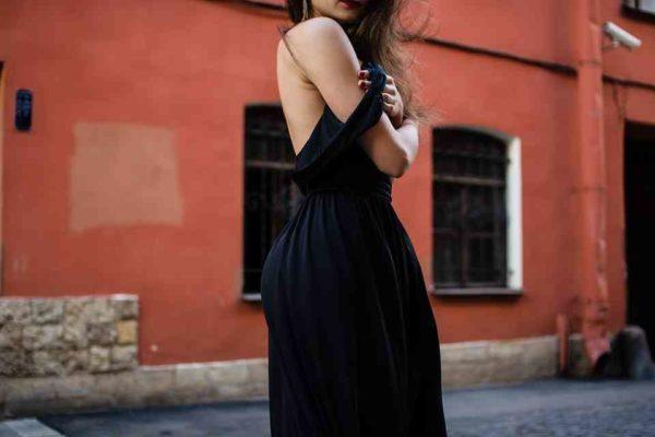 Il perfetto abito da sera? Ecco la guida per scegliere il migliore